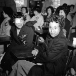 1955년, 원자폭탄 투여 후의 생존자들