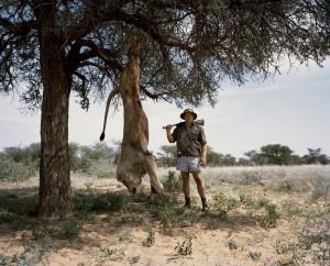 사자를 잡은 사냥꾼