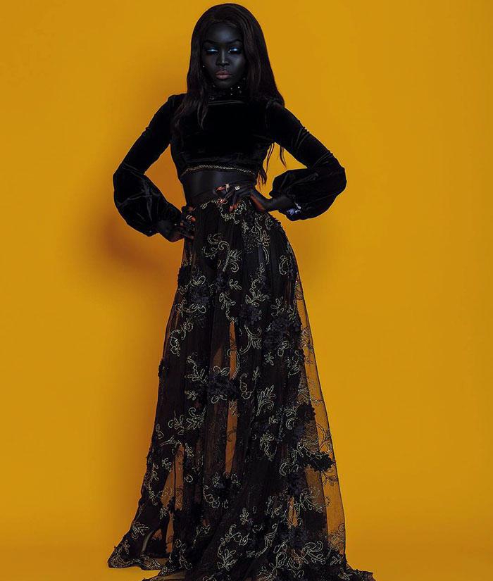 수단 출신의 아프리카 모델