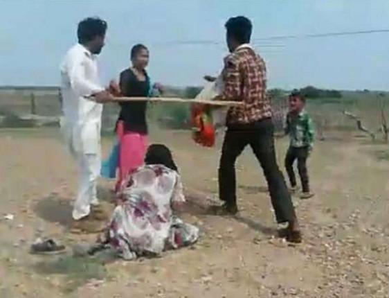 인도의 강제결혼
