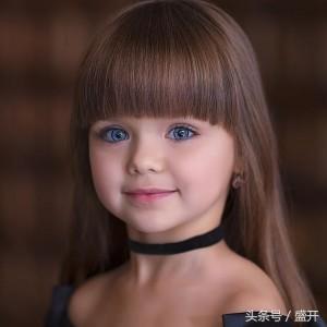 세계적인 러시아  아동복 모델anastasiya knyazeva