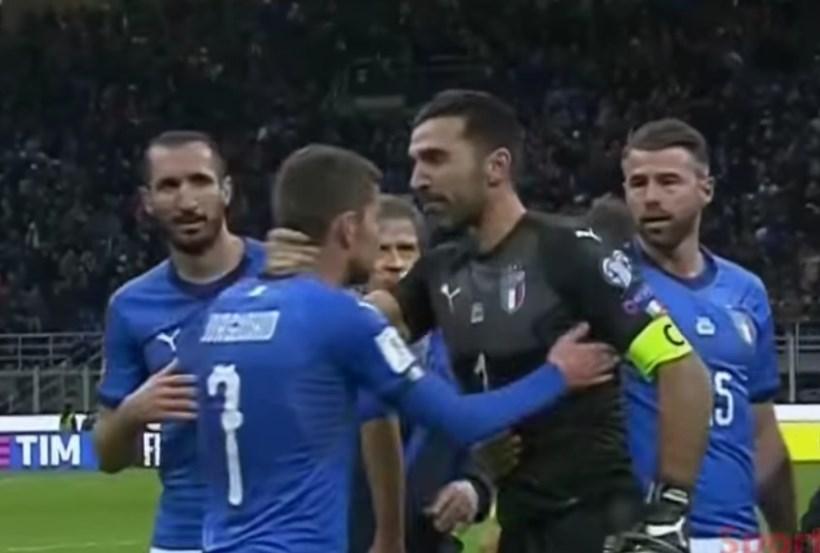 ▲ 월드컵 본선 진출 탈락 직후 비탄에 잠긴 이탈리아 선수들