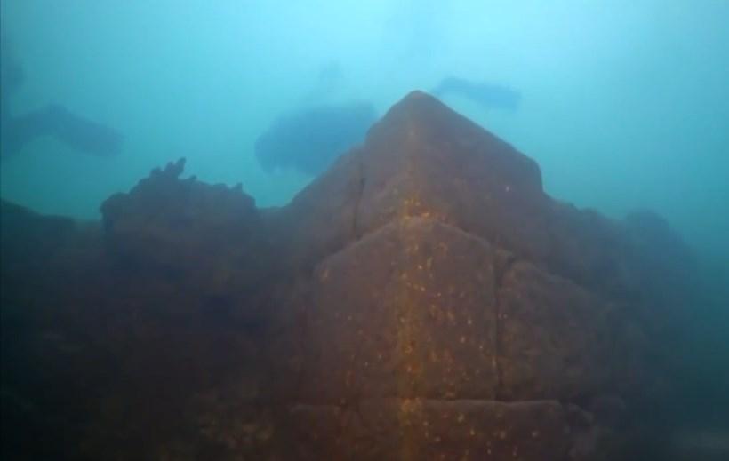 ▲ 반 호수에서 발견된 우라투 문명의 요새