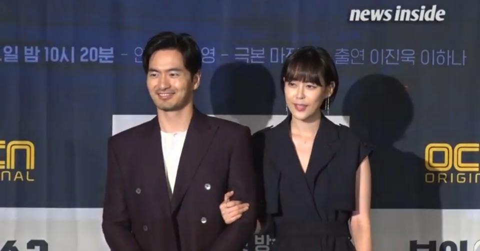 보이스2 제작발표회에서 자리를 같이 한 이진욱과 이하나. 이미지 - 유튜브 영상