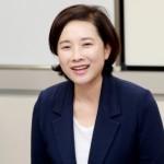 유은혜 장관이 세종 참샘유치원 및 참샘초등학교에 방문한 모습. ⓒ교육부 제공